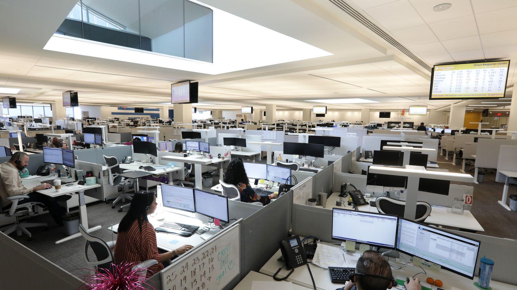 湖南浩安公装公司装修设计资讯知识办公室装修设计色彩的强弱感与舒适疲劳感