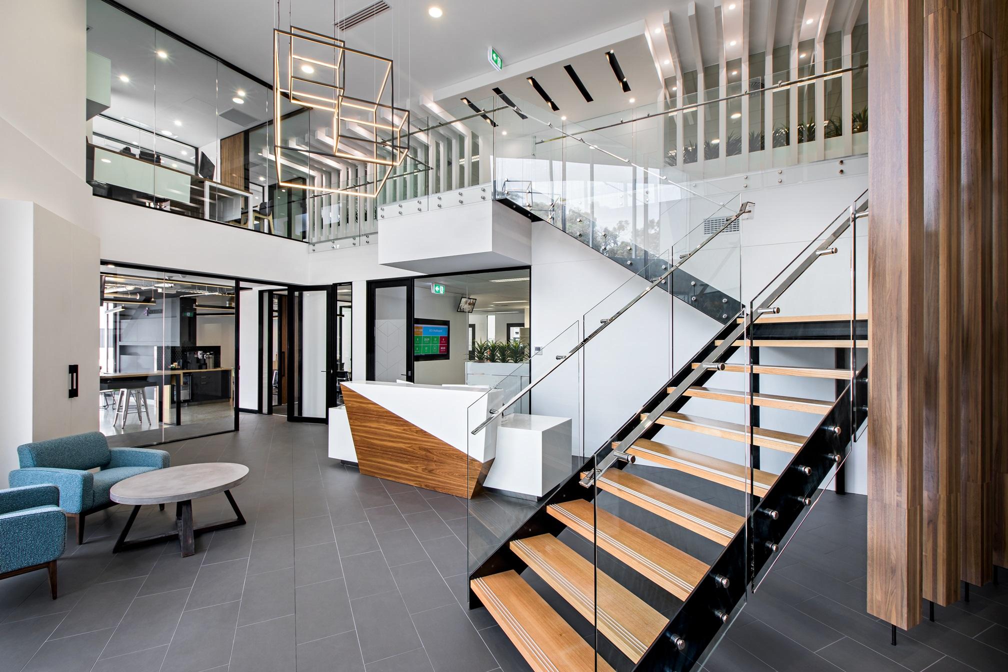 湖南浩安公装公司装修设计资讯知识办公室装修设计色彩的形状感的运用