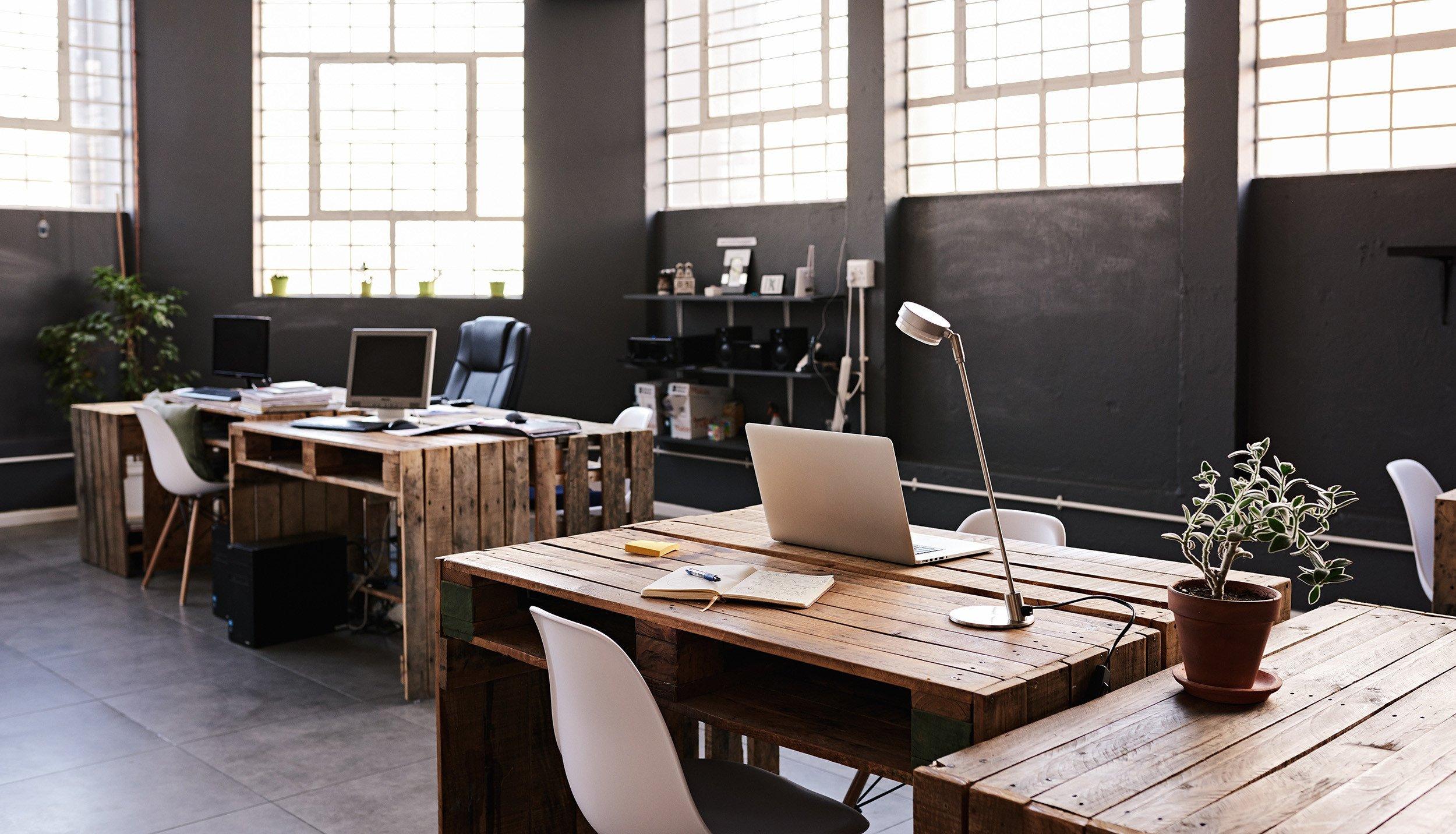 湖南浩安公装公司装修设计资讯知识办公空间设计照明方式有哪些?