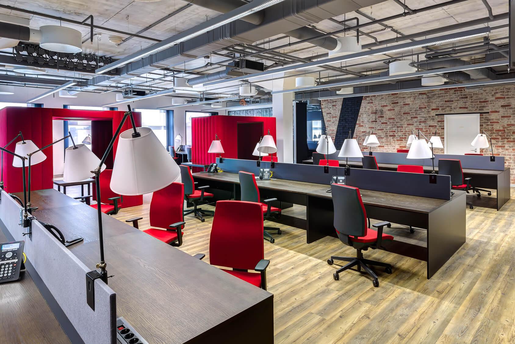 湖南浩安公装公司装修设计资讯知识长沙写字楼装修时灯光色彩设计运用的技巧