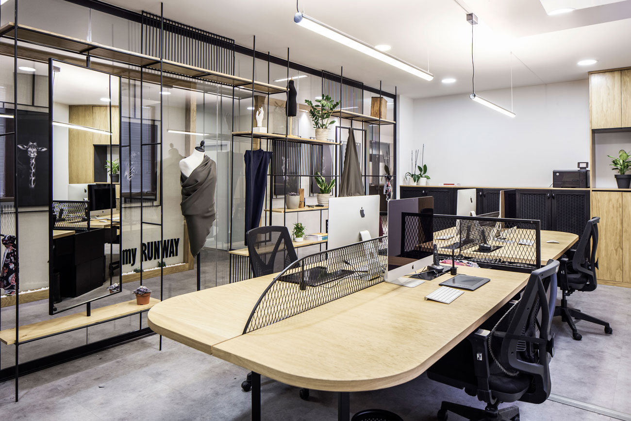 湖南浩安公装公司装修设计资讯知识办公室照明设计光源位置高度及光与空间材质相结合的运用效果